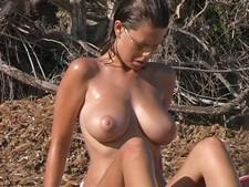 Big tits voyeur beach shot
