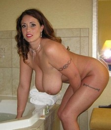 Picture featuring hot mommy.