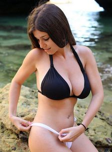 Sexy brunette big tits in this incredible amateur wife photo.