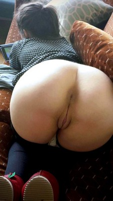 Naked Amateur Girl.