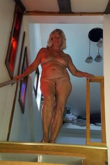 Sexy granny at home, nude ex-five