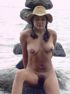 I love to pose nude on the beach