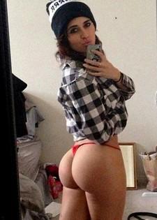 Big Sexy Ass In Pink Thong - spankbang.org