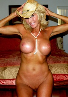 Experienced provocative black haired mature cougar Shay Fox with hot body and huge juicy..