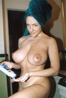 Gorgeous rack in hot homemade pussy pic.