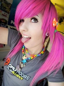Amateur emo teens and goth girlfriends doing sinful self pics! Great collection of sexy..