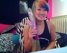 I'm enjoying seeing adorable and brightly colored BlackRainbow live on cam right now...