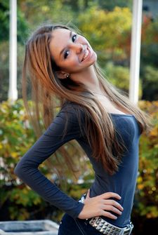 RaqueleAster, favlive, stunning, sexy, hot, brunette, raven, dark-hair, sexy-brunette,..