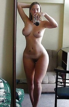 Uma Jolie has a perfect body and she knows exactly how to move it! Her lingerie and..