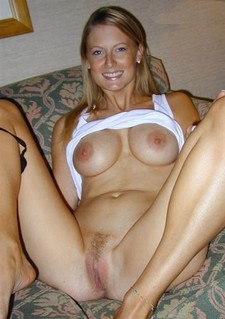 Lovely blonde MILF in a awesome vagina photo.