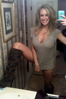 My Nude Selfie Striptease Masturbation Videos - TheCamStars.com