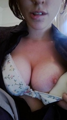 Tia Thomas, a horny, sexy and good-looking sugar doll would like to venture here to a..