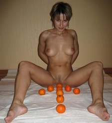 Another great picture of cute wifey making some unusual homemade erotic pictures :)